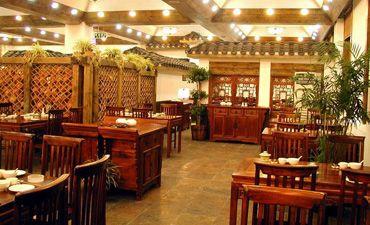 江南人家餐厅中式设计,营造古典氛围的华贵与优雅