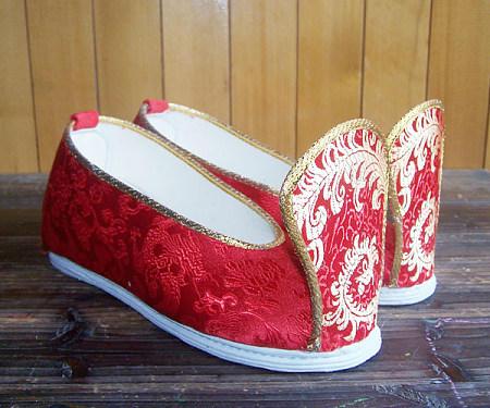"""传统中式文化上""""婚鞋""""分为哪几种类别"""