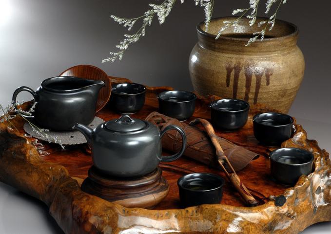 茶与茶具文化在国人心目中的地位
