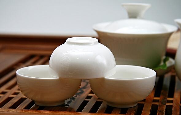 茶具品种越来越多且看陶瓷茶具的选择