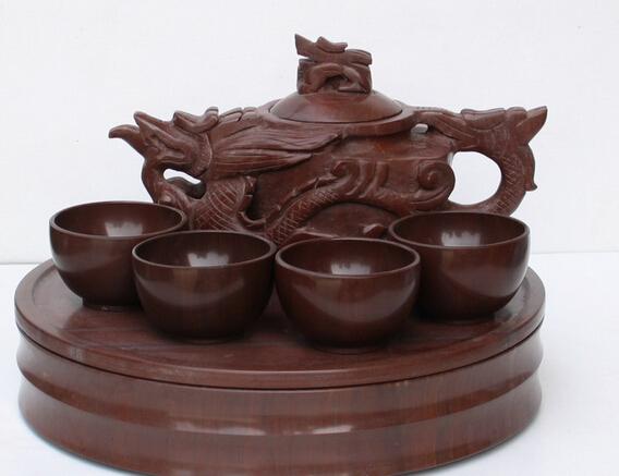使用木鱼石茶具有什么与众不同的特点