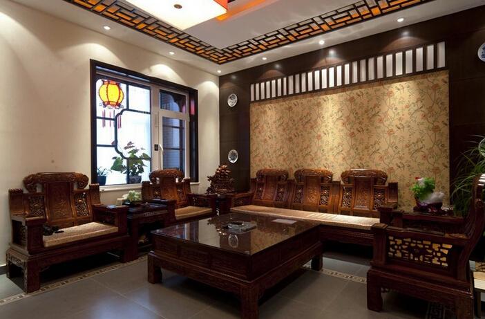 客厅中式装修风水上入户门设计禁忌颇多