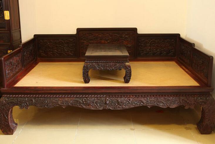 紫檀木中式家具三个最常见的保养方法