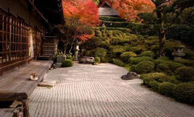 中式装修别墅庭院景观枯山水的幽幽禅意