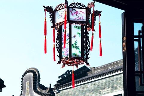 中式装修居室宫灯装饰  万字流苏丝穗颤,阑珊富雅九州红