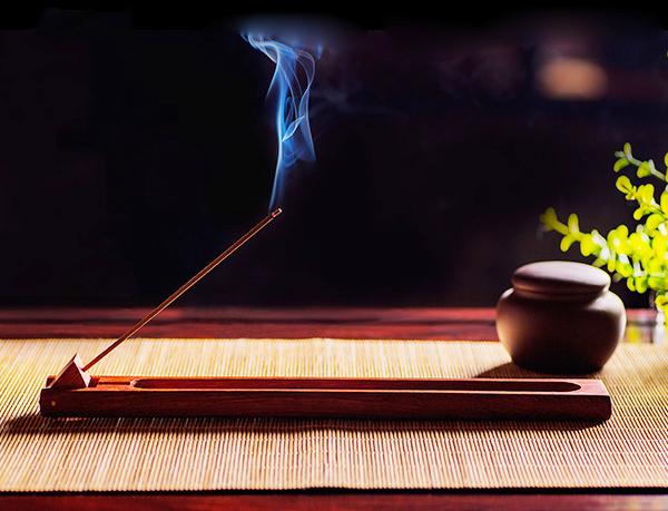 中国传统香道文化之香道与古琴、茶道、雅器的相合美学