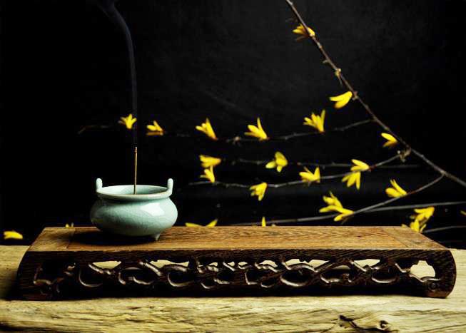 中式空间瓷香炉陈设——清色微澜,余味幽香