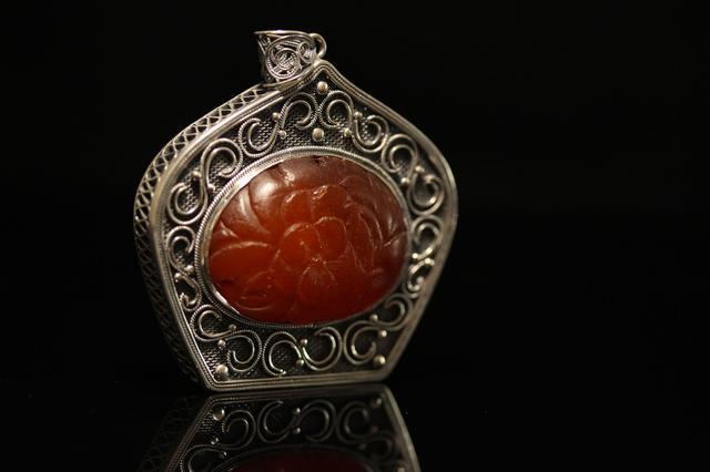 花丝镶嵌:跨越千年传承的好手艺