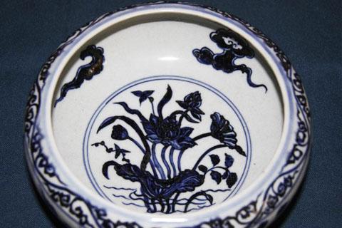 大放光彩的民族传统艺术结晶青花瓷