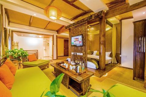 云南民宿客栈装修设计案例,花海中感受生活的美好