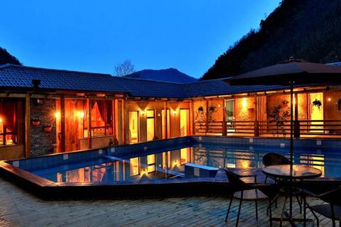 客栈民宿装修设计 取于自然山间独成一出风采