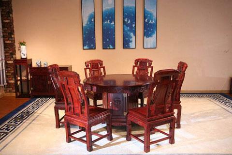 中式红木家具在客厅内需注意如何摆设