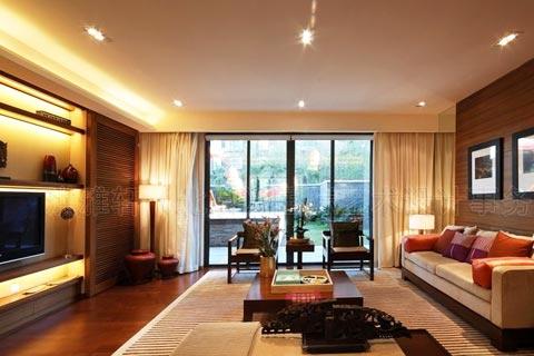 现代中式小客厅装修效果图